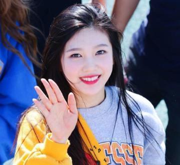 Red Velvetジョイ 可愛い